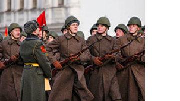 Возрождение парадов советских времен: Путин играет мускулами picture