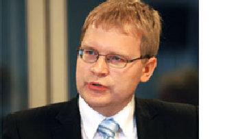 Паэт: Заключение пограндоговора не улучшит отношений с Россией picture