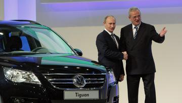 """В. Путин посетил завод концерна """"Volkswagen"""" в Калуге"""