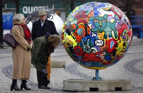 В центре Копенгагена посетитель могут ознакомится с инсталяцией, открытой к саммиту ООН по изменению климата 2009.