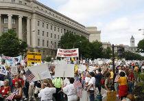 """Протест движения """"чаепитий"""" в Вашингтоне"""