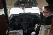 В кабине самолета Hawker 900 XP