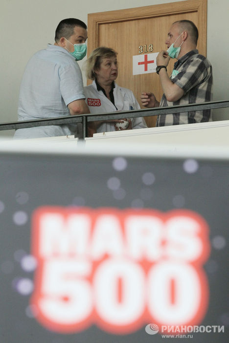 Начало эксперимента по имитации полета на Марс