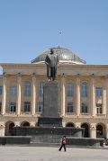 Памятник Иосифу Сталину  в городе Гори