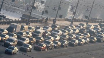 Пробки парализовали Москву в день без автомобиля