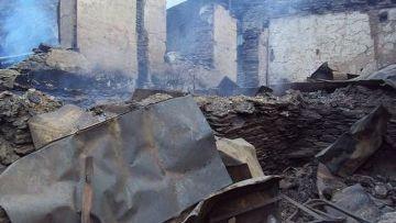 Крупный пожар в дагестанском поселке Цибари