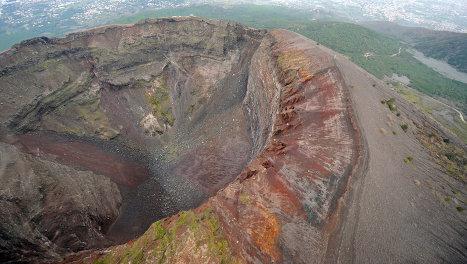 Везувий — единственный действующий вулкан континентальной Европы