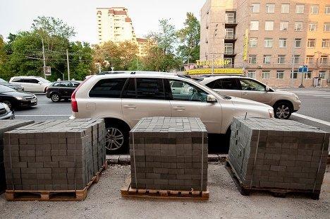 Замена асфальта на тротуарную плитку в Москве
