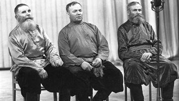 Казаки из Забайкалья исполняют старинные русские песни