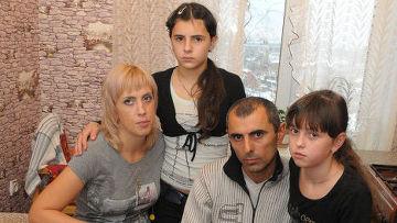 Девочки, которые на 12 лет поменялись жизнями из-за ошибки врачей