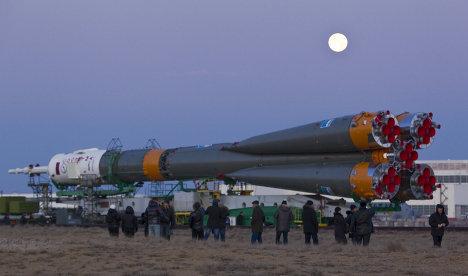 Подготовка к запуску корабля «Союз ТМА-22» на космодроме «Байконур»