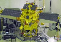 """Межпланетная станция """"Фобос-Грунт"""" перед отправкой на космодром"""