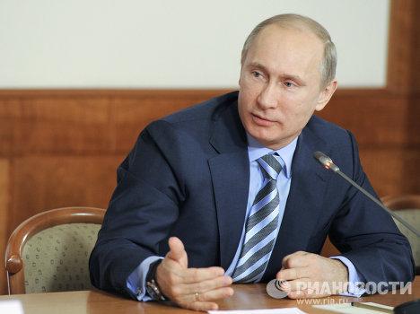 Владимир Путин принимает участие в заседании ФКС ОНФ