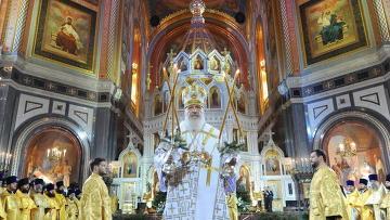 Рождественское праздничное богослужение в храме Христа Спасителя