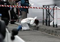 Полицейские возле еврейской школы в Тулузе, где неизвестный открыл стрельбу
