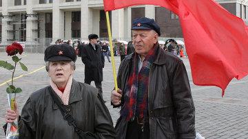 Возложение цветов к Мавзолею В.И. Ленина