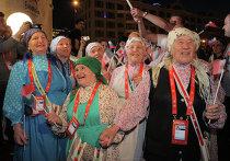 """Церемония открытия конкурса """"Евровидение 2012"""" в Баку"""