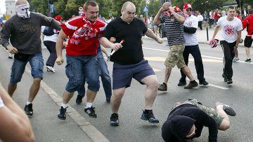 Столкновенеи польских и российских фанатов