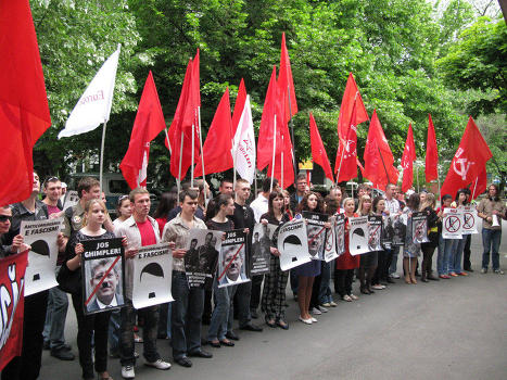 В молдавском обществе растет градус противостояния