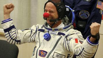 Экипаж экспедиции на МКС готовится к старту