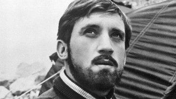 Советский поэт и автор-исполнитель песен Владимир Высоцкий