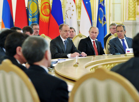 Президент РФ Владимир Путин на саммите лидеров стран-членов ОДКБ