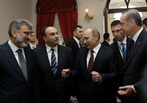 Танер Илдиз, Владимир Путин и Тайип Эрдоган (слева направо)