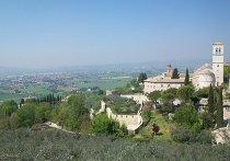 Жизнь в итальянском городе Ассизи