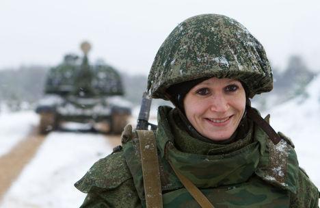 Военнослужащая российской армии