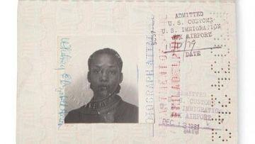 Паспорт Уитни Хьюстон