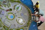 Стенд олимпийских объектов Сочи