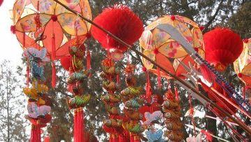 Новогодние китайские сувениры