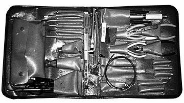 «Дорожный набор» инструментов офицера-акустика OTS