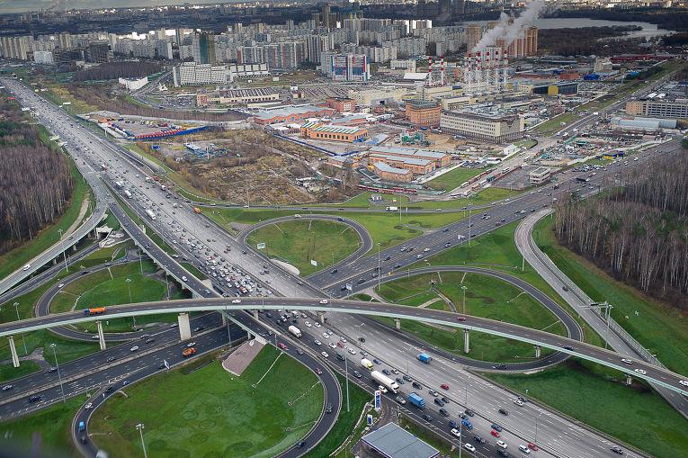 Дорожная развязка МКАД в районе Киевского шоссе