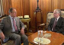 Сергей Лавров (слева) и  Эдвард Налбандян во время встречи в Москве