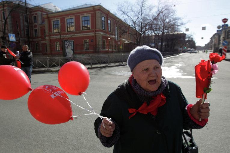 Первомайская демонстрация в Санкт-Петербурге