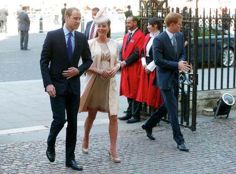 Британский принц Уильям, герцогиня Кембриджская Кэтрин и принц Гарри в Вестминстерском аббатстве