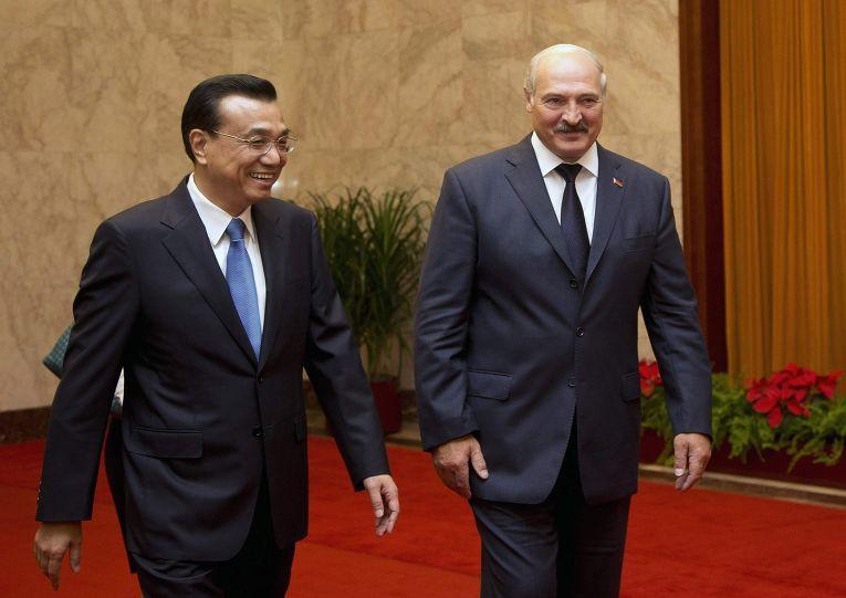 Премьер Госсовета КНР Ли Кэцян и Александр Лукашенко