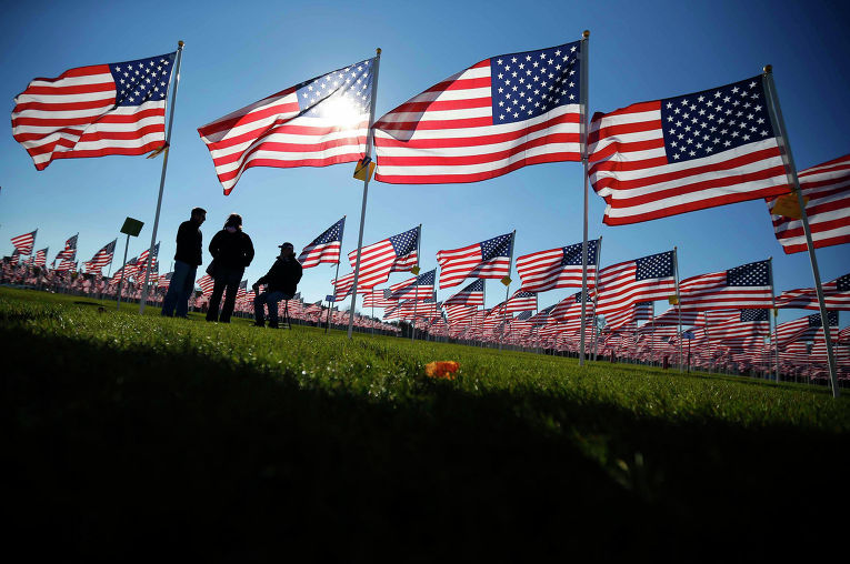 День Ветеранов в Авроре, штат Иллинойс, 10 ноября 2013 года