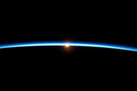 Закат из космоса