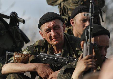 Солдаты украинской армии на подъезде к Краматорску