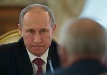 Владимир Путин во время встречи с президентом Узбекистана Исламом Каримовым в Кремле