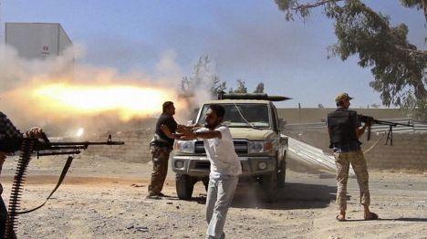 Бой за международный аэропорт в Триполи