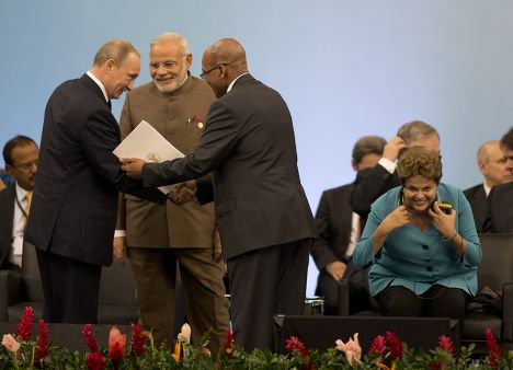 Владимир Путин, Нарендра Моди и Джейкоб Зума на саммите БРИКС в Бразилии