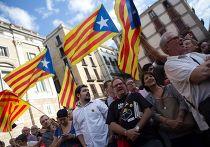 Сторонники независимости Каталонии у здания правительства Каталонии в Барселоне