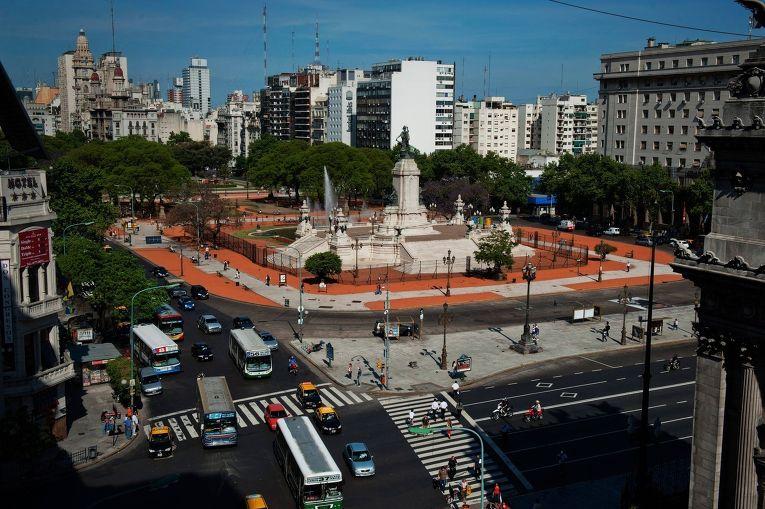 Площадь в Буэнос-Айресе