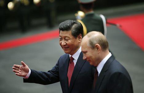 Владимир Путин с председателем КНР Си Цзиньпином во время визита в Китай