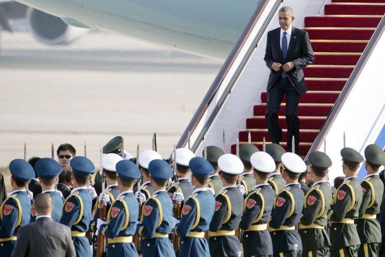 Барак Обама прибыл на саммит АТЭС в Пекине