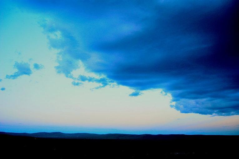 Меняющаяся погода в тывинской степи