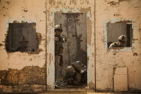 Тренировка американских морских пехотинцев